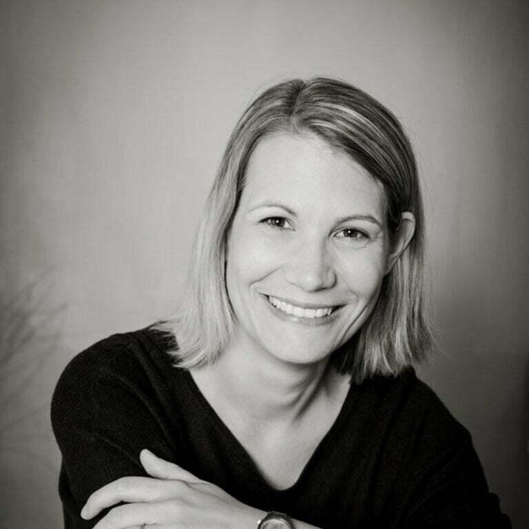 Miriam blitzt Miriam Mehlman Fotografie Portrait